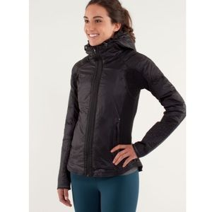 Lululemon Run Bundle Up Jacket in Black Size 8
